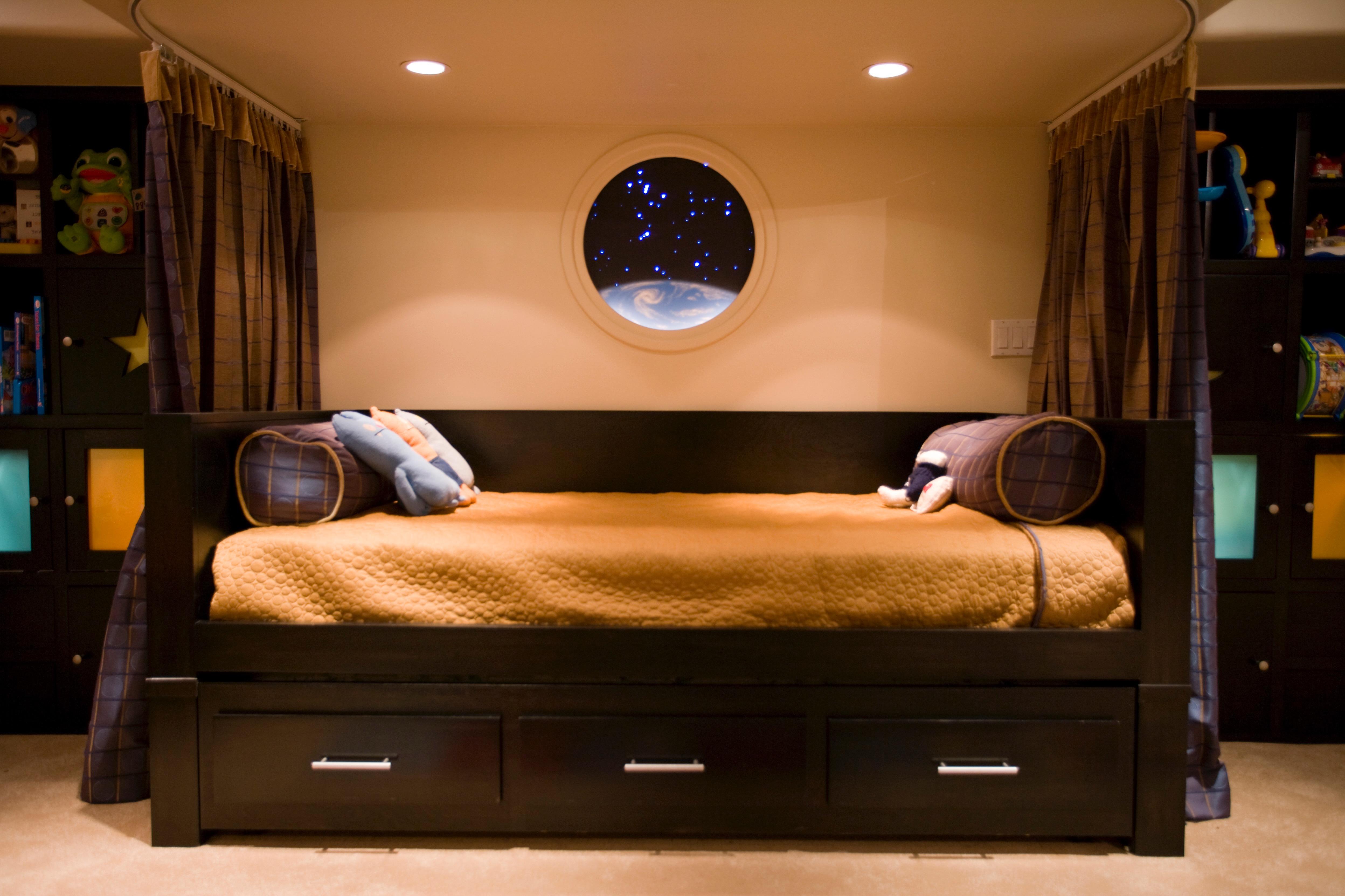 Custom Made Beds Image Gallery: UFM Custom Gallery Images